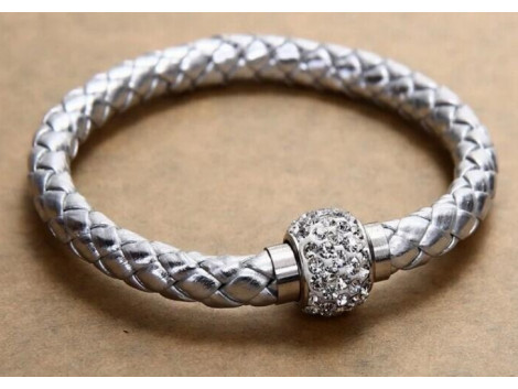Pu Leather Crystal Bracelet With Magnet Clasp - Silver