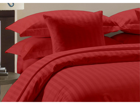 Egyptian Cotton Beddings Bed Sheet With Pillow Covers- Burgundy