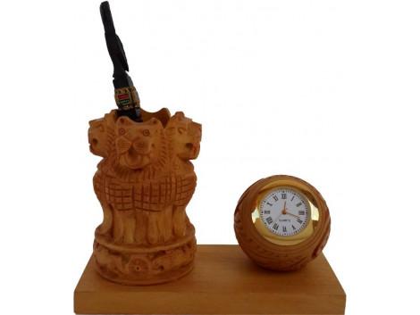 Divinecrafts Analog Brown Clock