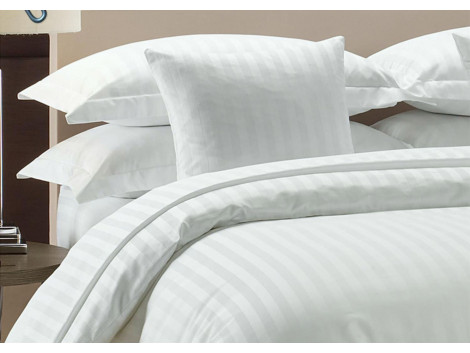 Egyptian Cotton Beddings Bed Sheet With Pillow Covers - White